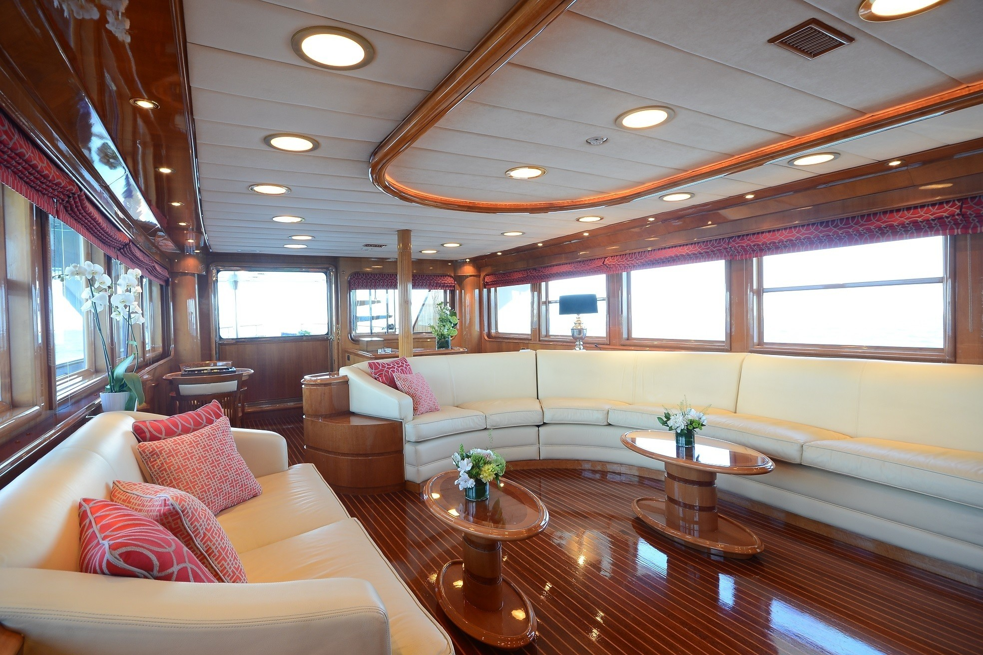 The 34m Yacht CAMELLIA