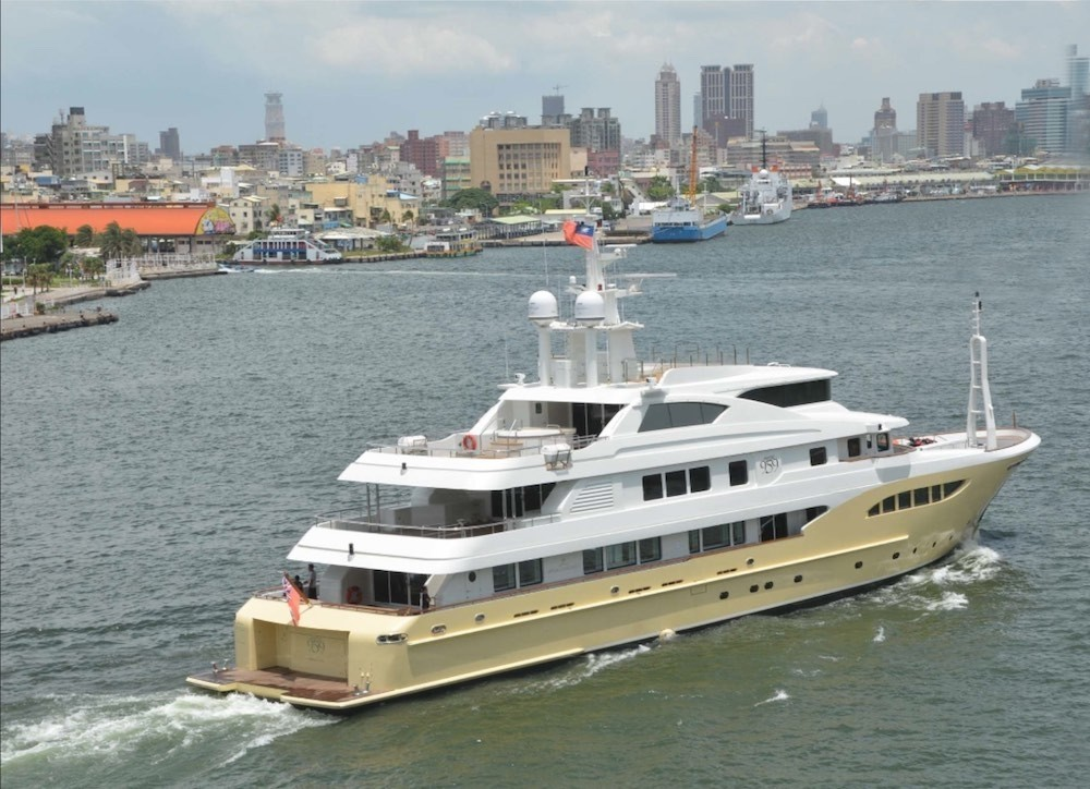 The 52m Yacht JADE 959