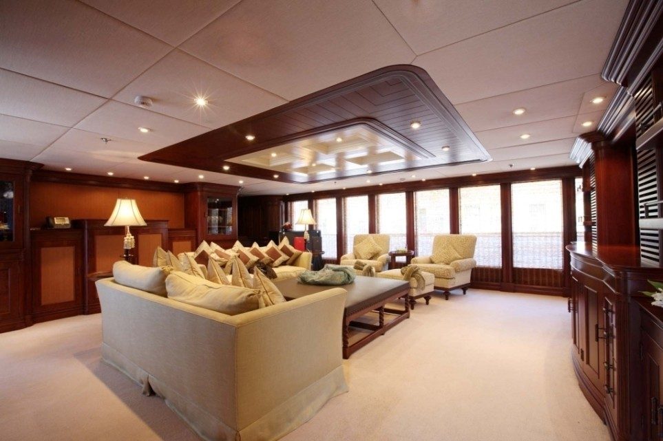 Top Saloon On Yacht NOMAD