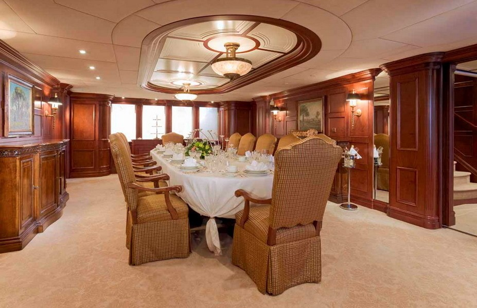 Eating/dining Saloon On Yacht NOMAD