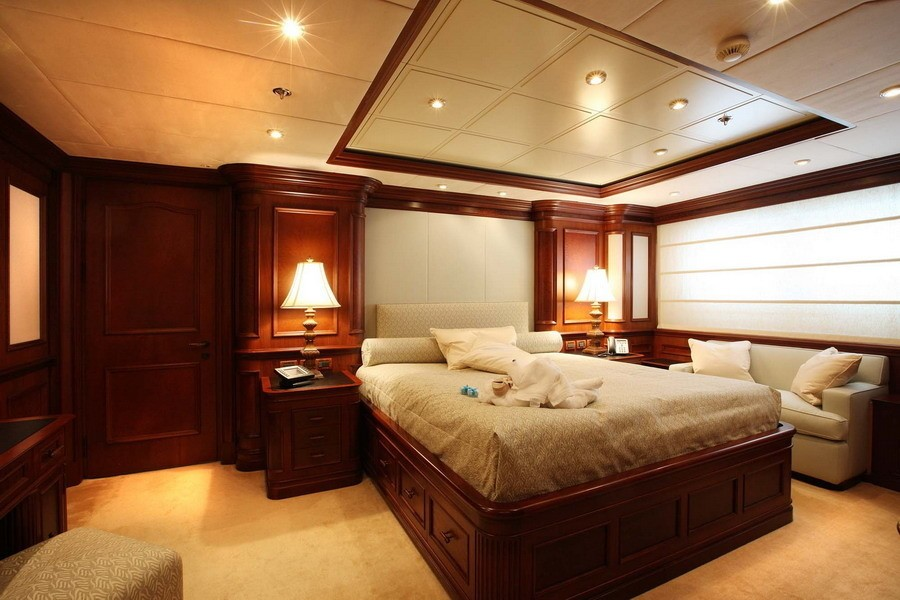 VIP Cabin Aboard Yacht NOMAD