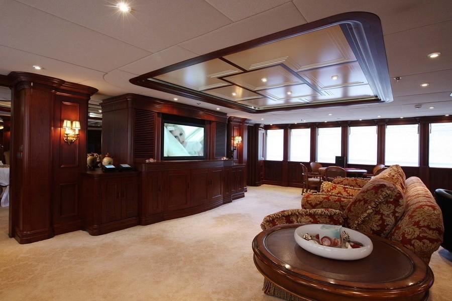 Screening: Yacht NOMAD's Premier Saloon Image