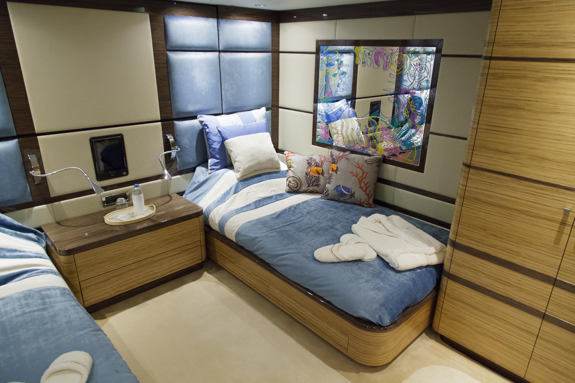 Guest Cabin  00004