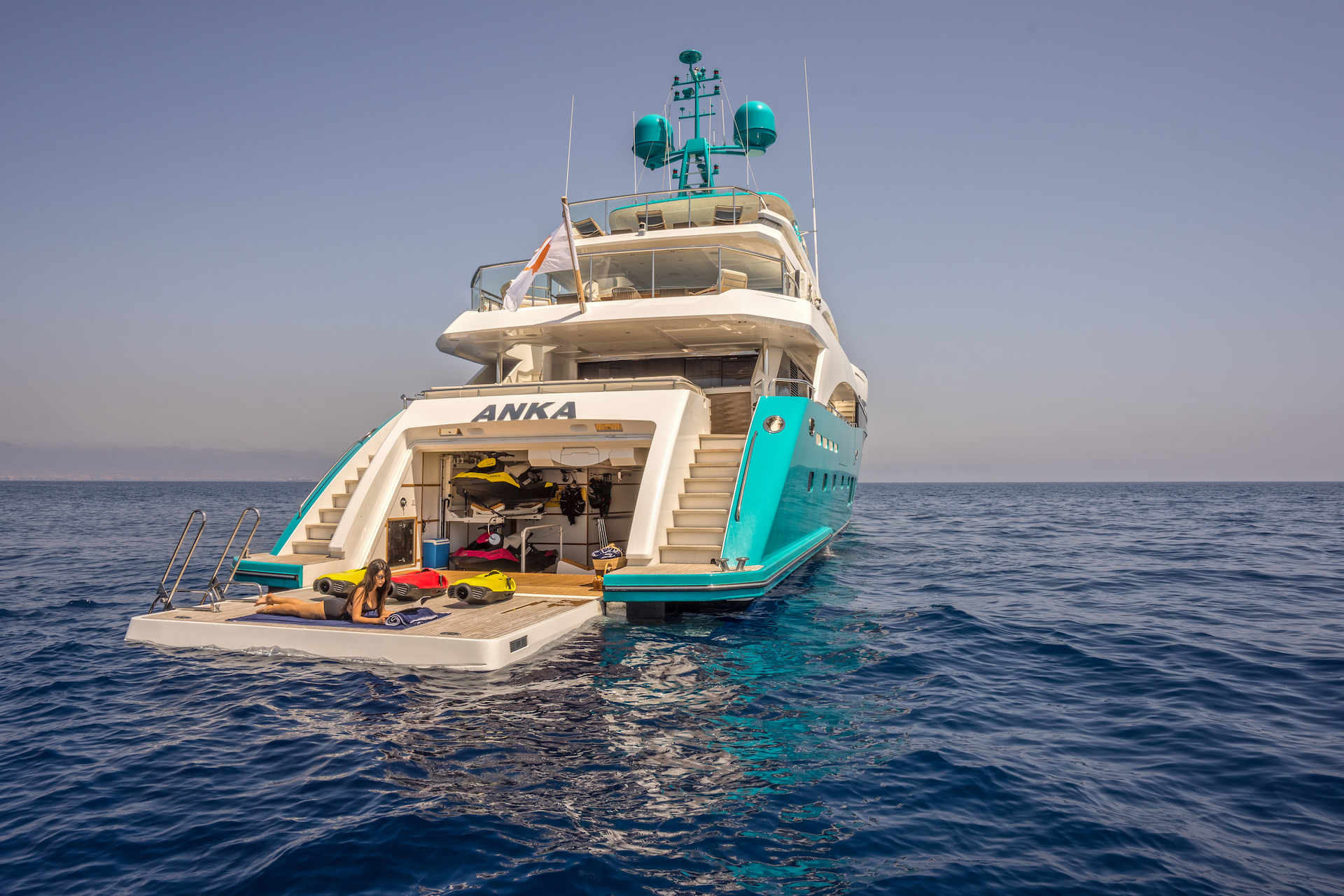 Aft View With Beach Club - Relaxing