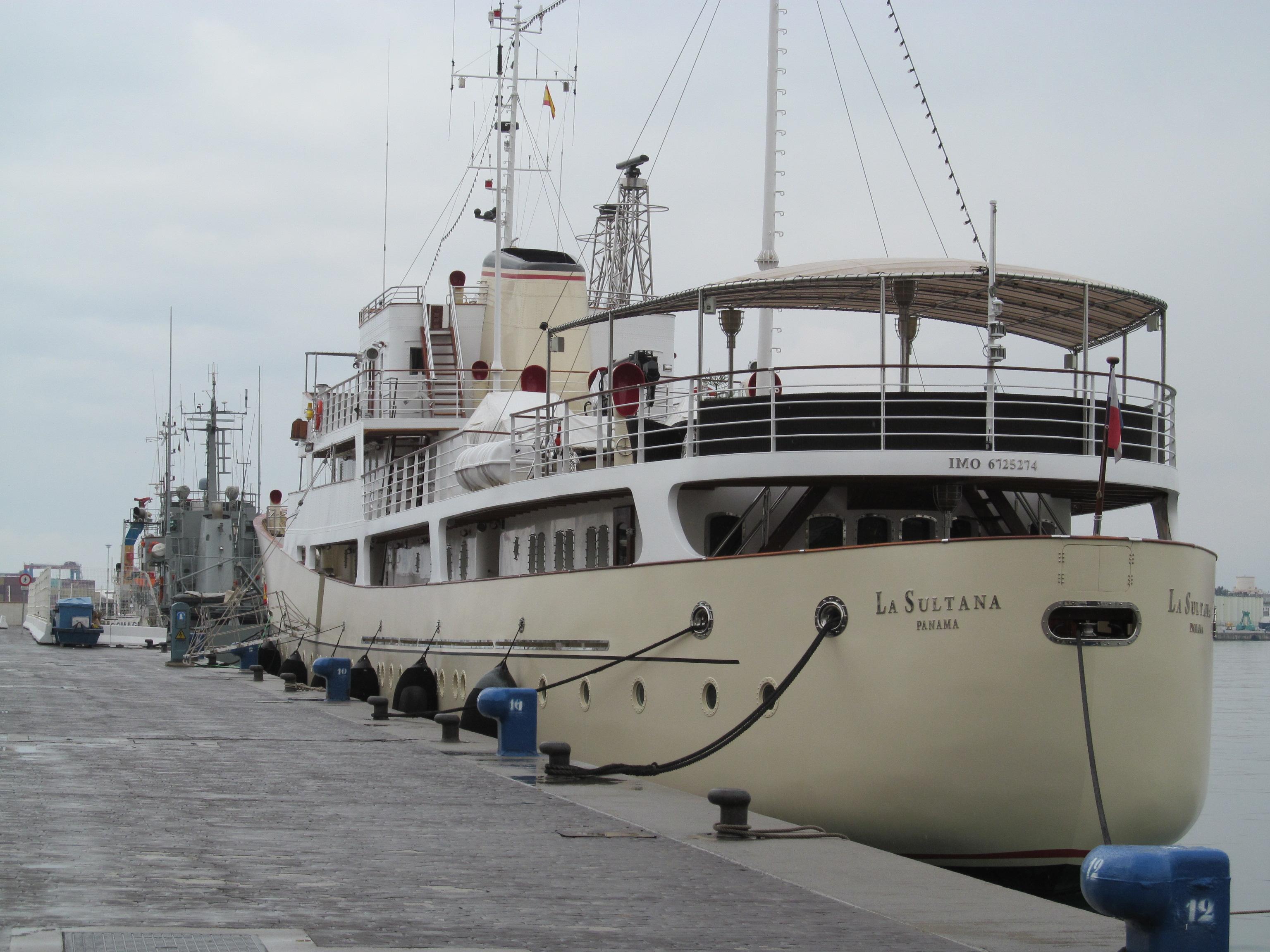La_Sultana_Yacht,_in_Málaga