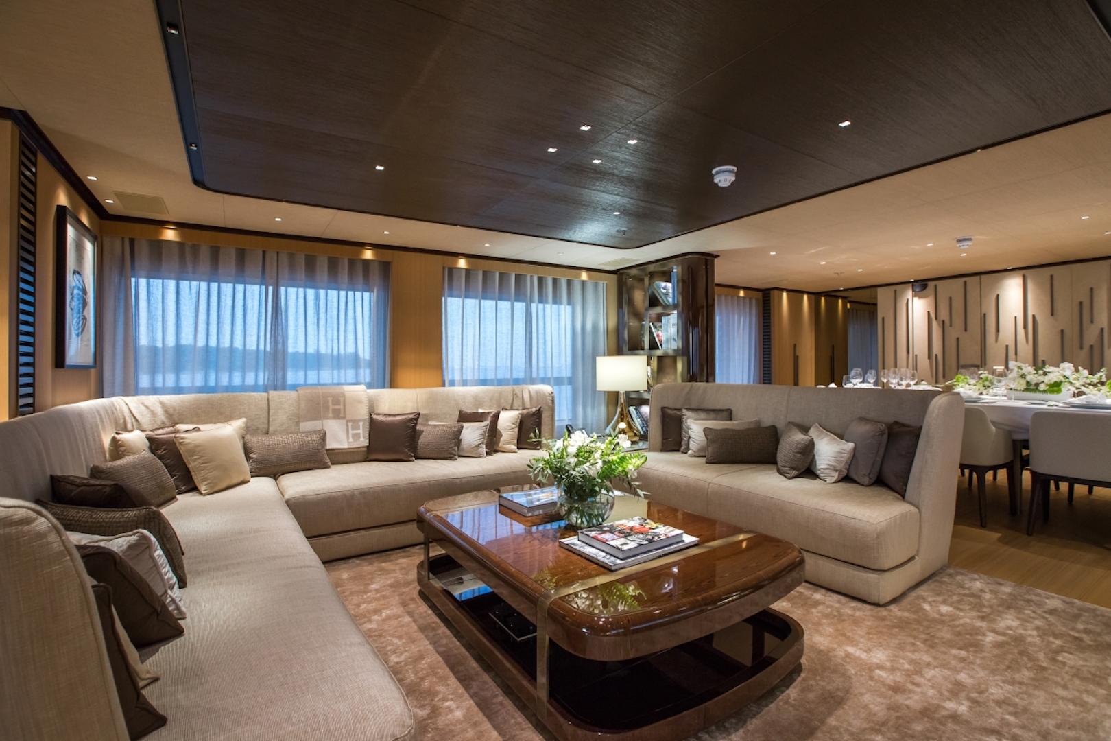Motor Yacht VERTIGE - Main Salon And Formal Dining Area