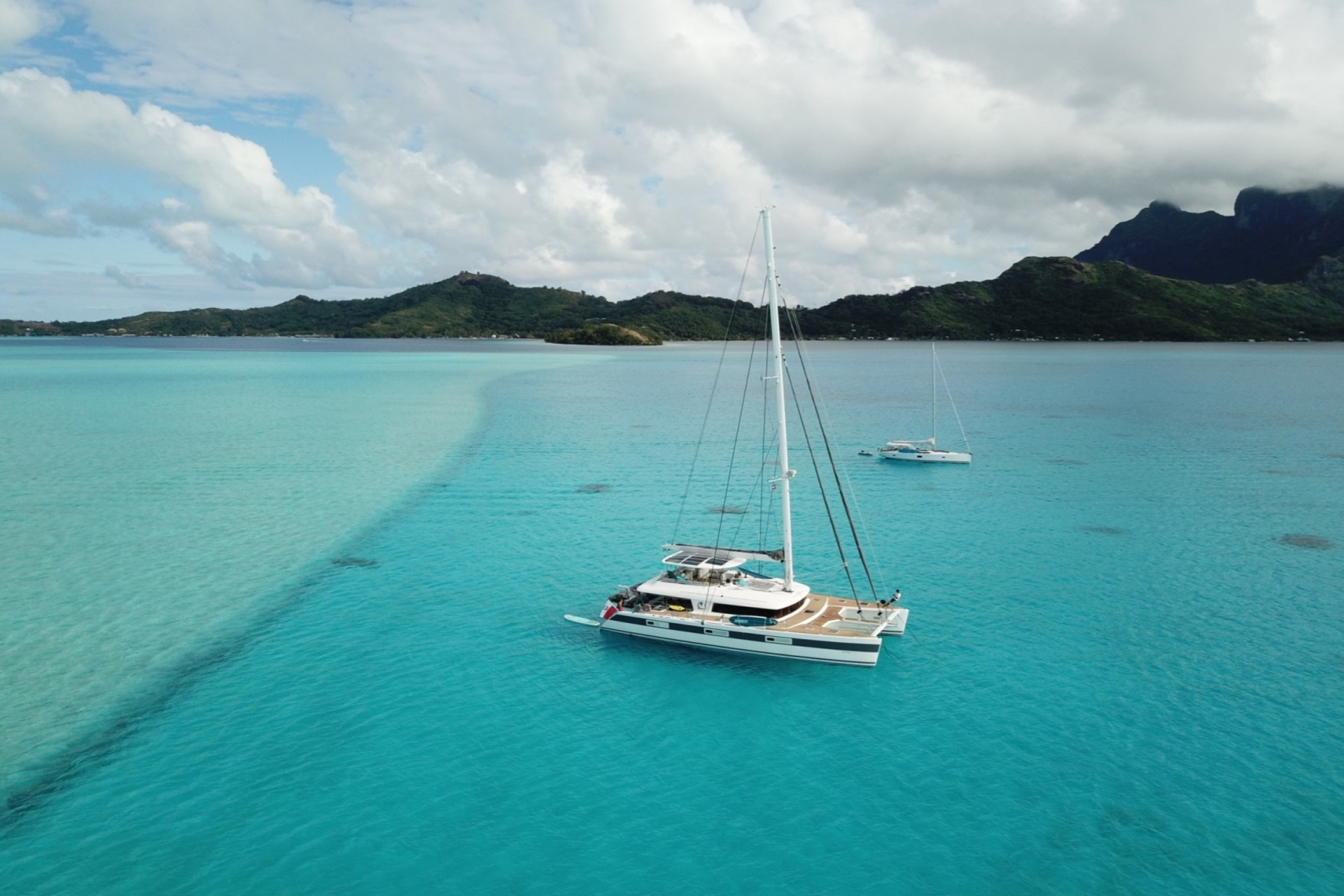 S/Y OCEAN VIEW - Anchored on charter