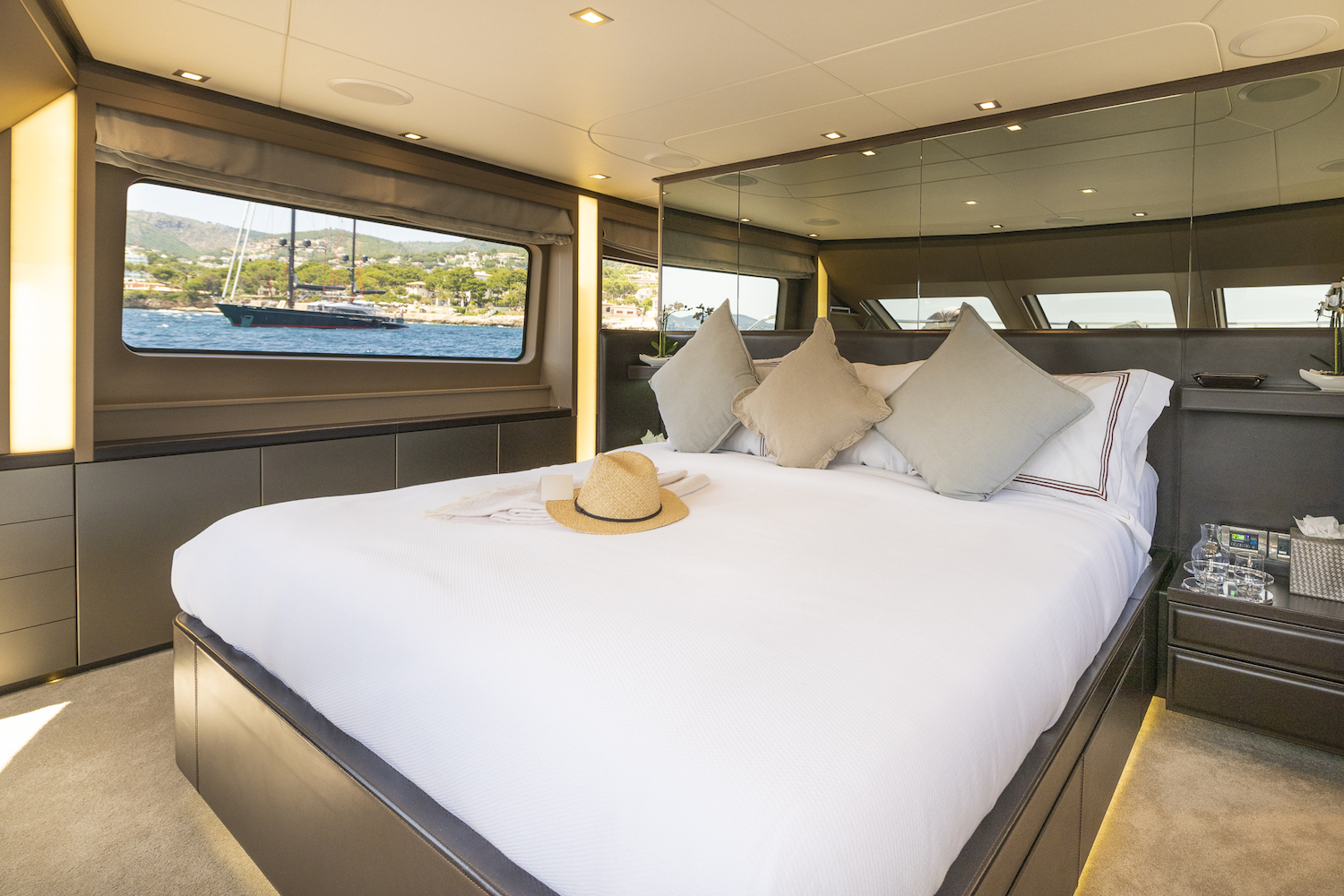 Owner Suite On Main Deck