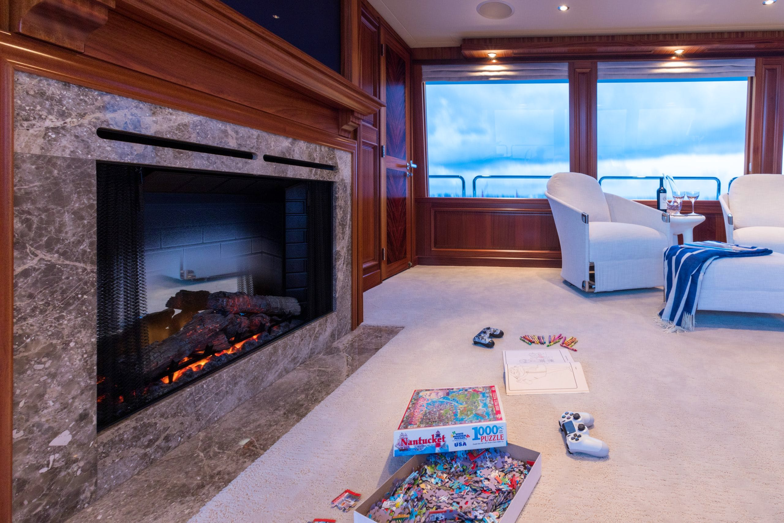 Skylounge Games And Fireplace