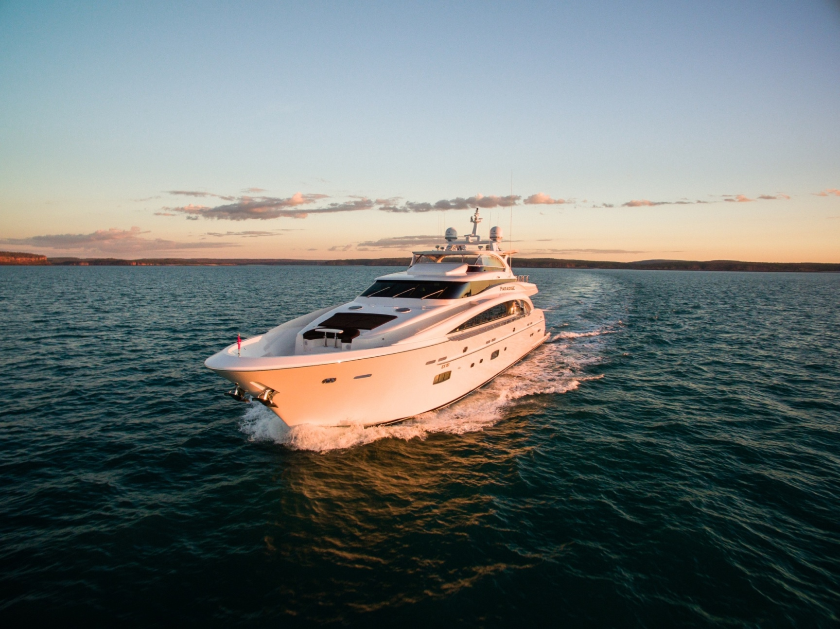 35m Motor Yacht PARADISE - Cruising