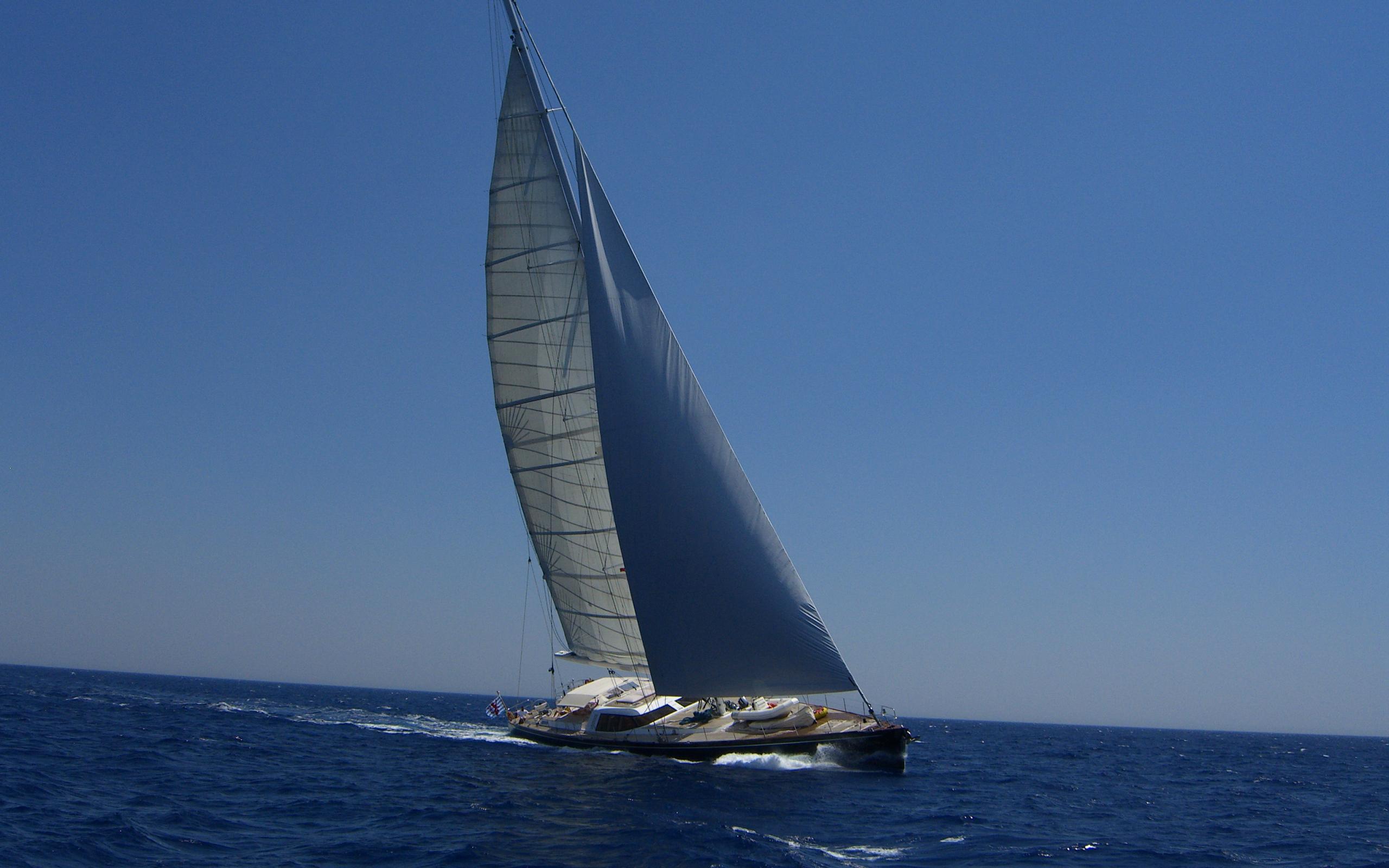 VAIMITI sailing charter yacht