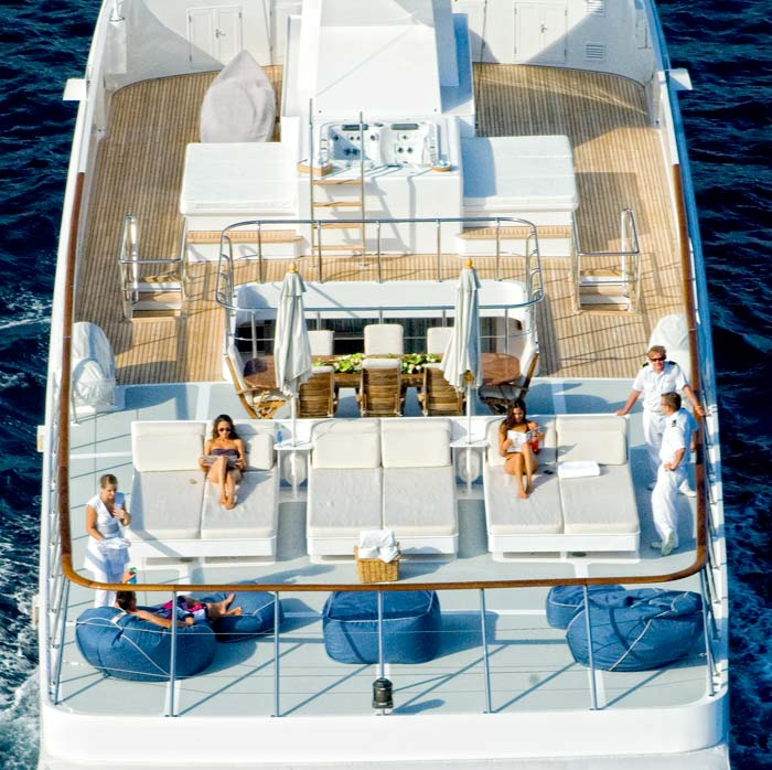 Yacht ILLUSSION By Feadship - Sundeck