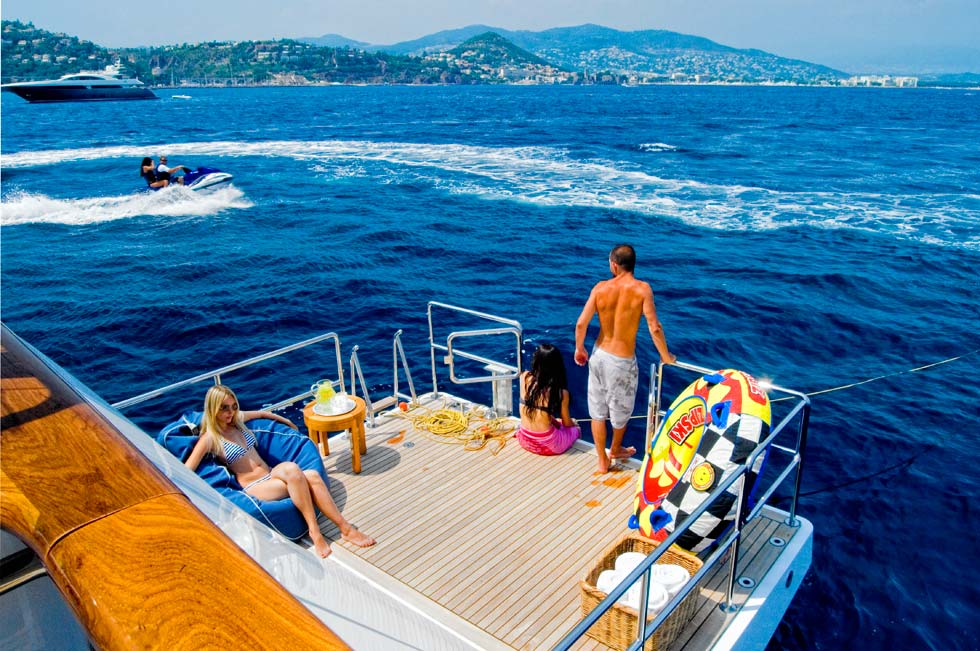 Yacht ILLUSSION By Feadship - Swimming Platform