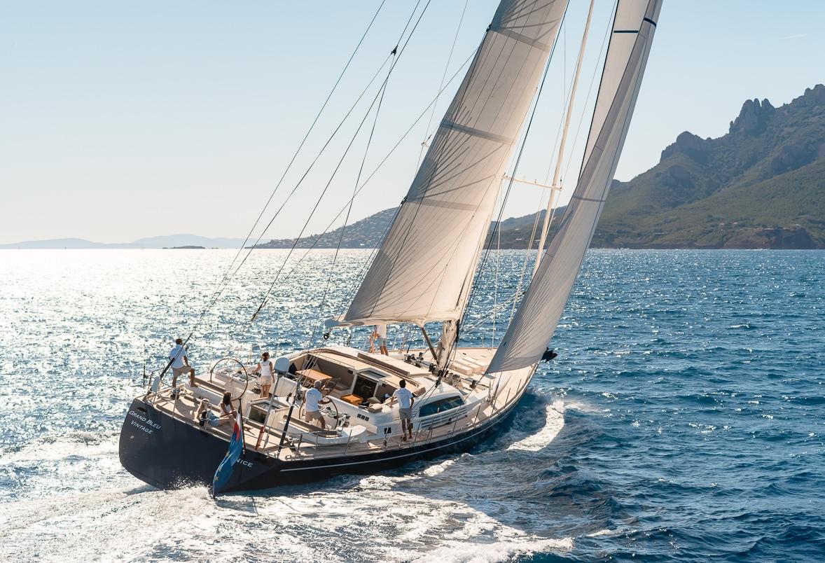 Charter Yacht Grand Bleu Vintage Sailing