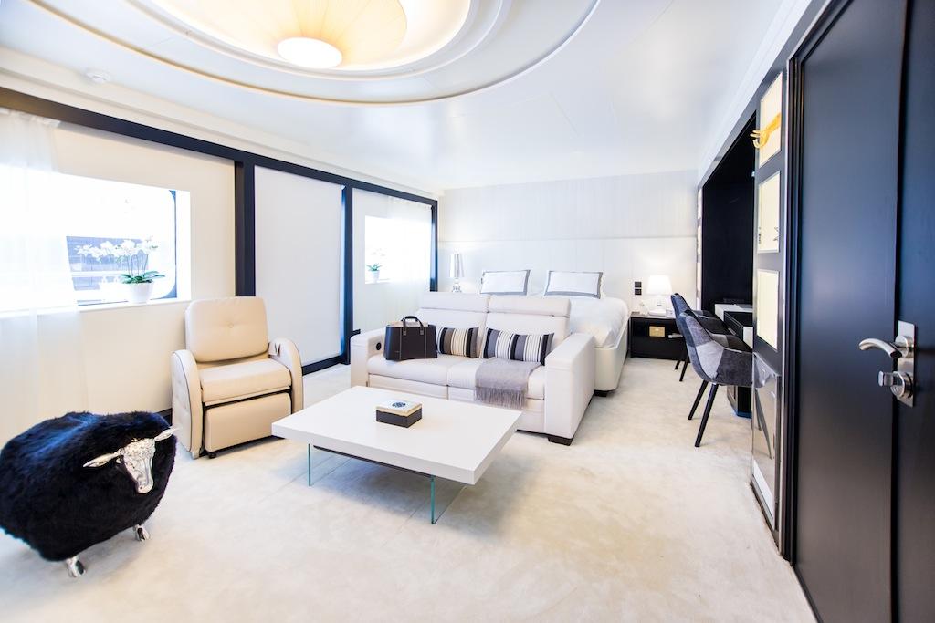12 Luxury superyacht Saluzi-Master Cabin