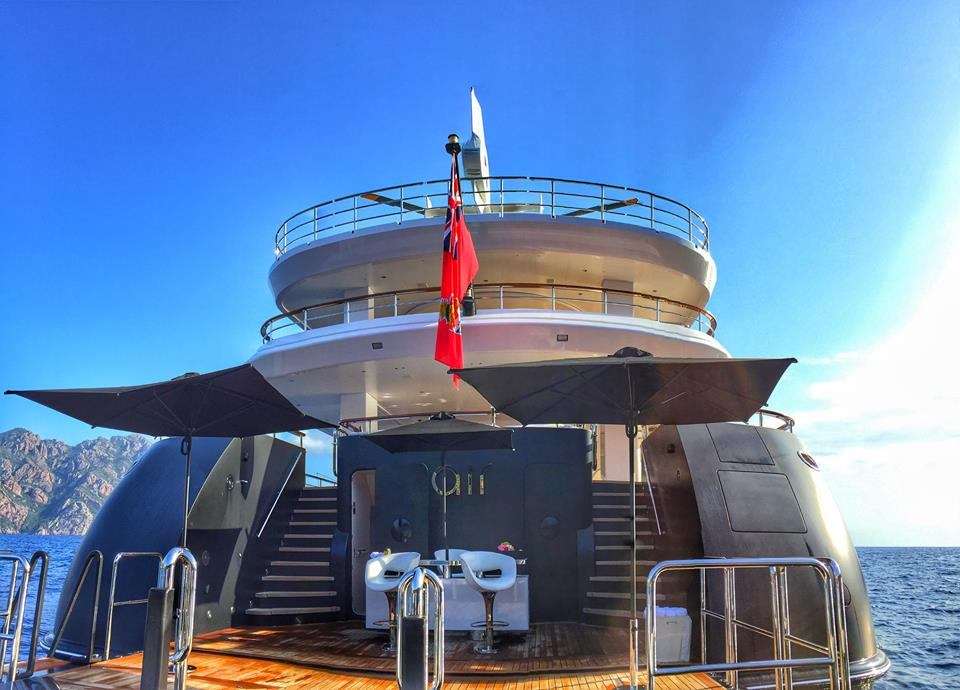 81m Feadship mega yacht AIR - Photo by @discoverjonno and Feadship Fanclub