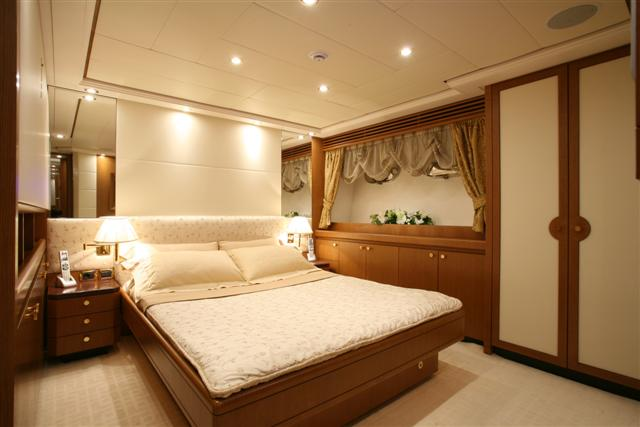 ALFA XII - VIP Stateroom