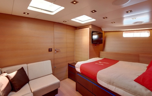AMAZONCREEK -  Guest Cabin