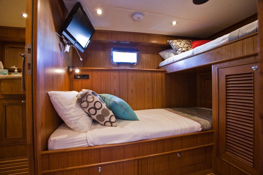 AROONA Guest cabin
