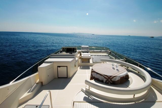 Alexandros Top Deck
