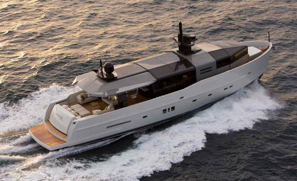 Arcadia Yachts SOLAR - Cruising