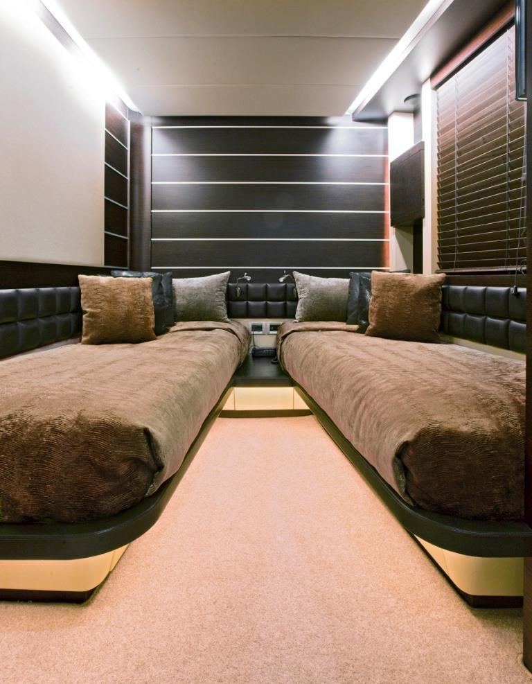 Azimut yacht NAMI - Twin cabin