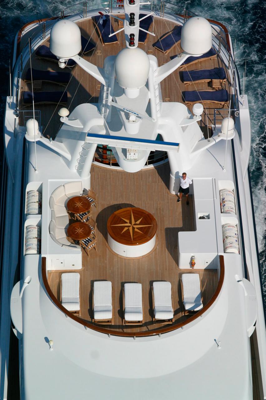 Benetti Motor Yacht Reverie - sun deck