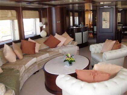 Benetti Yacht BACCHANAL -  Salon Seating