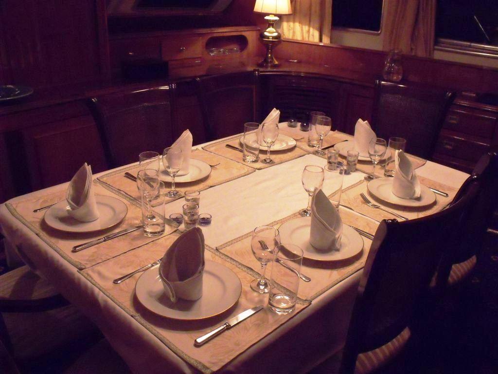 Benetti Yacht FAVORITA -  Formal Dining
