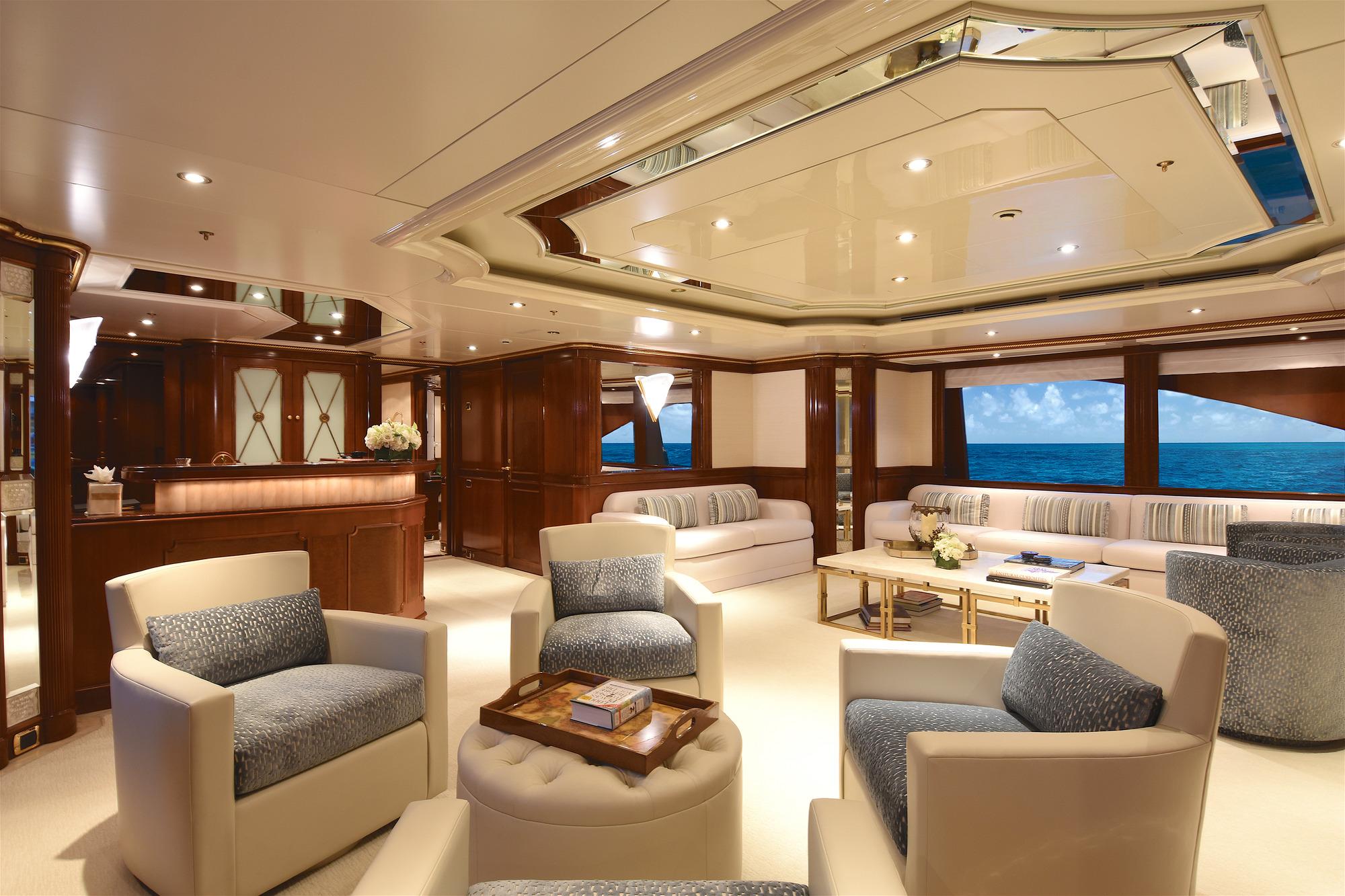 Benetti Yacht LADY MICHELLE   Skylounge