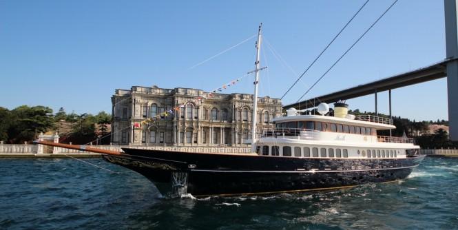 Beutiful classic style luxury yacht M&M by Bilding Yachts