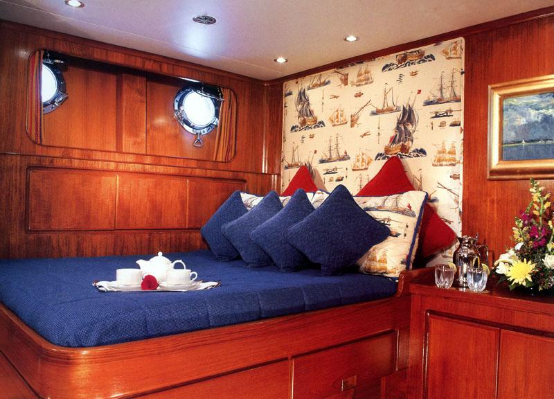 CHRISTIANNE B - Double Cabin