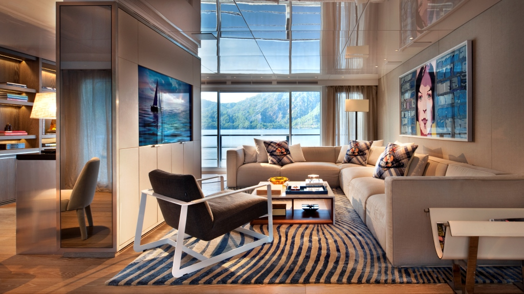 CMB Motor yacht ORIENT STAR - Upper skylounge seating area