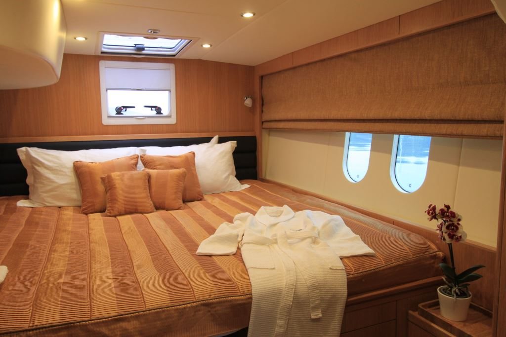 CURANTA CRIDHE - Aft double cabin convertible
