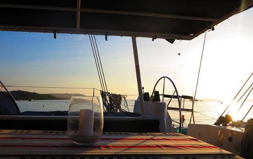 Catamaran ABYSSE - Al Fresco Dining 2