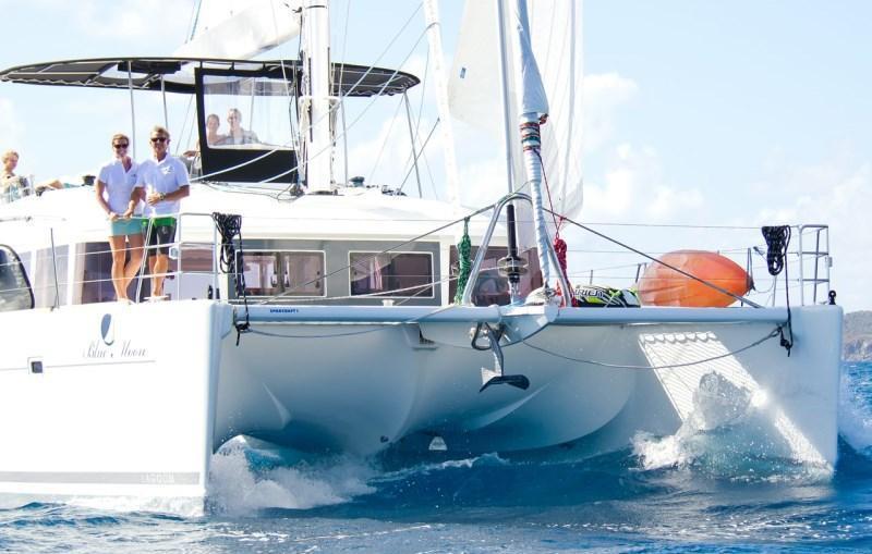 Catamaran BLUE MOON -  Bow View