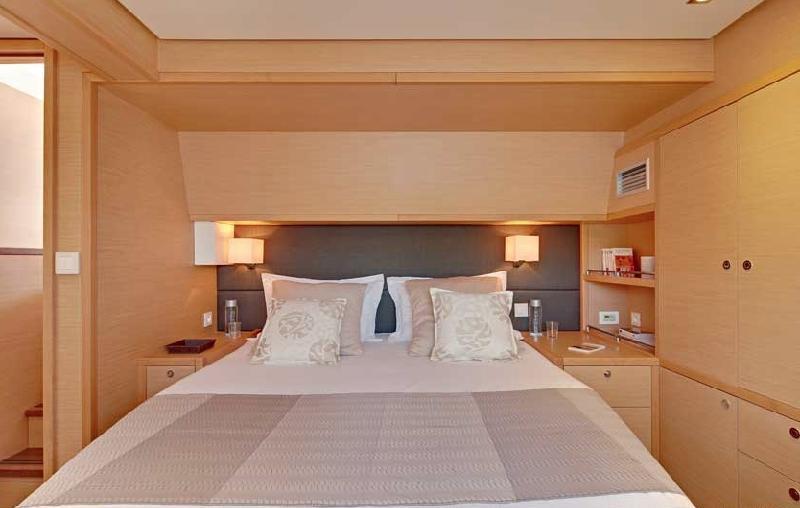 Catamaran ENIGMA -  Guest Cabin