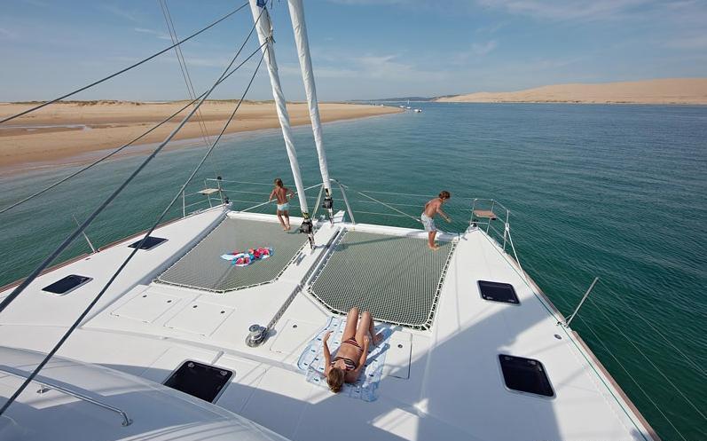Catamaran ENIGMA -  Trampolines
