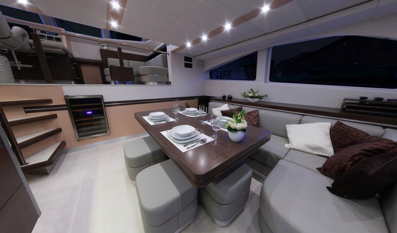 Catamaran FOREVER -  Salon Dining