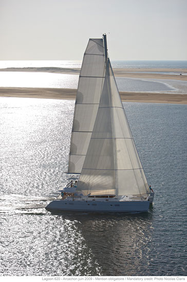 Catamaran GO FREE -  Full View