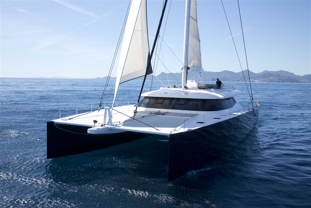 Catamaran LEVANT - Forward View