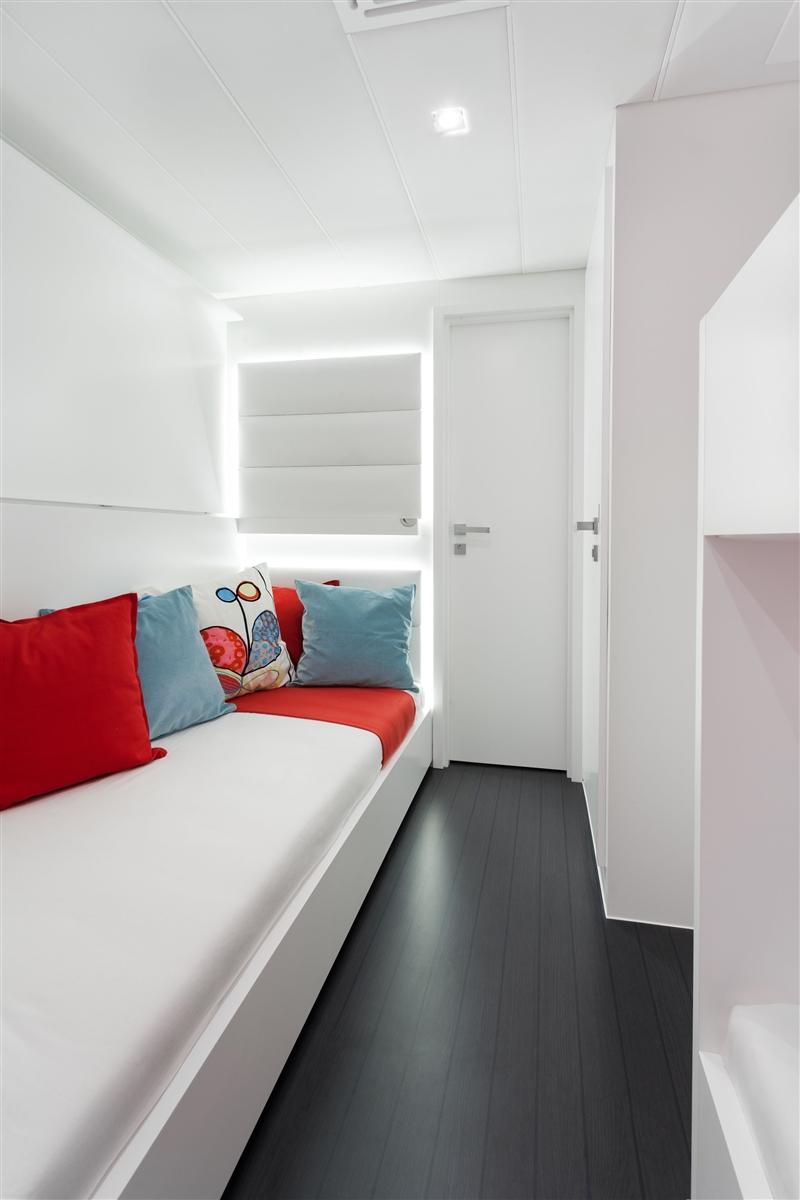 Catamaran LEVANT - Guest Cabin