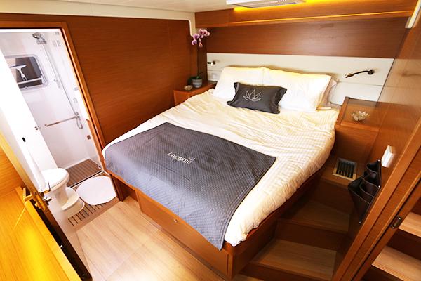 Catamaran LOTUS - Guest Cabin 4