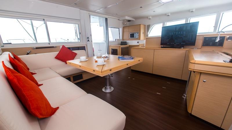 Catamaran SEA SPIRIT -  Main Salon