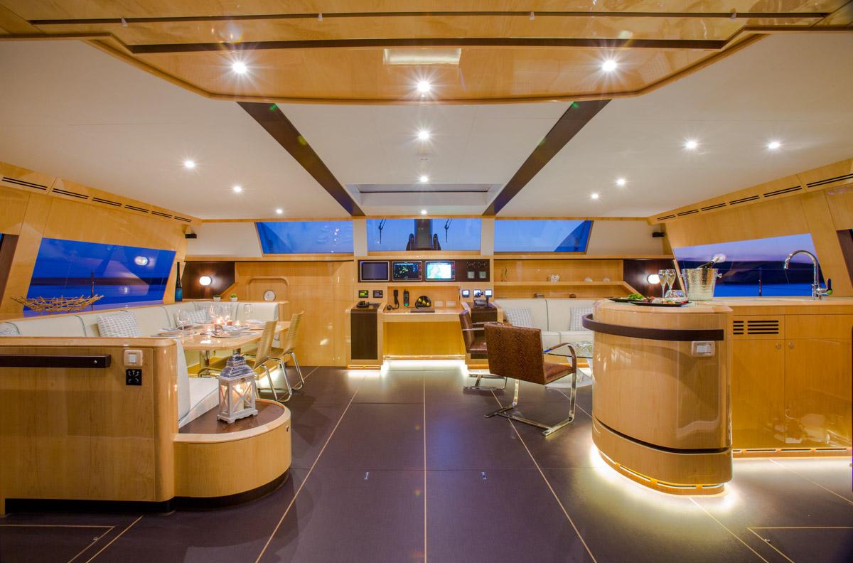 Catamaran WINDQUEST - Main Salon