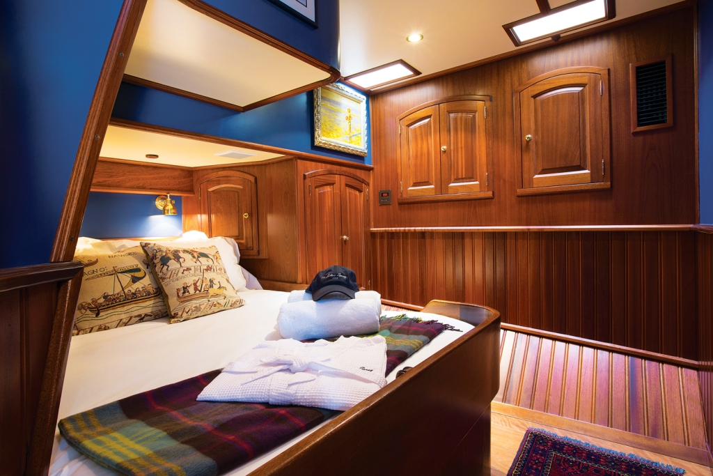 Classic SY SILVER SPRAY - Double cabin 2