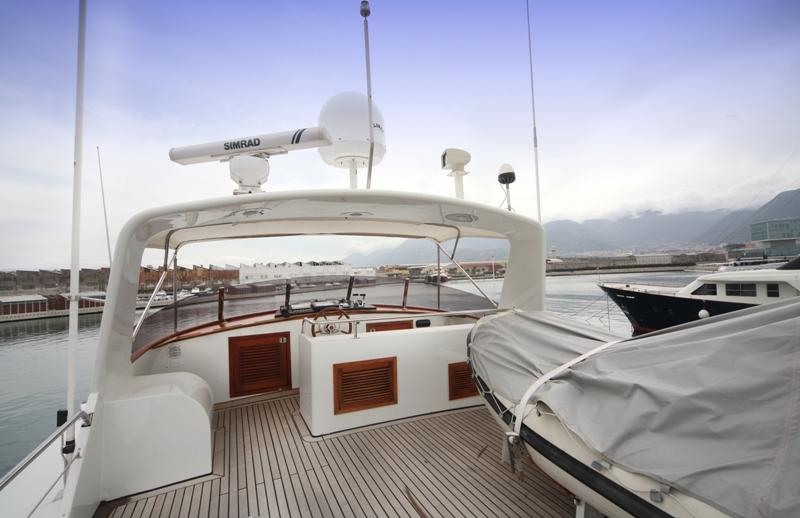 Classic Yacht HATHOR -  Sundeck