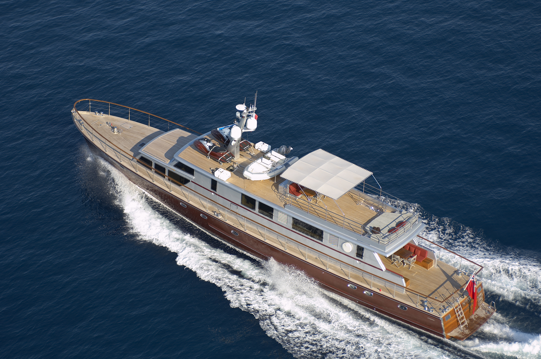 Classic Yacht TEMPEST WS - Cruising