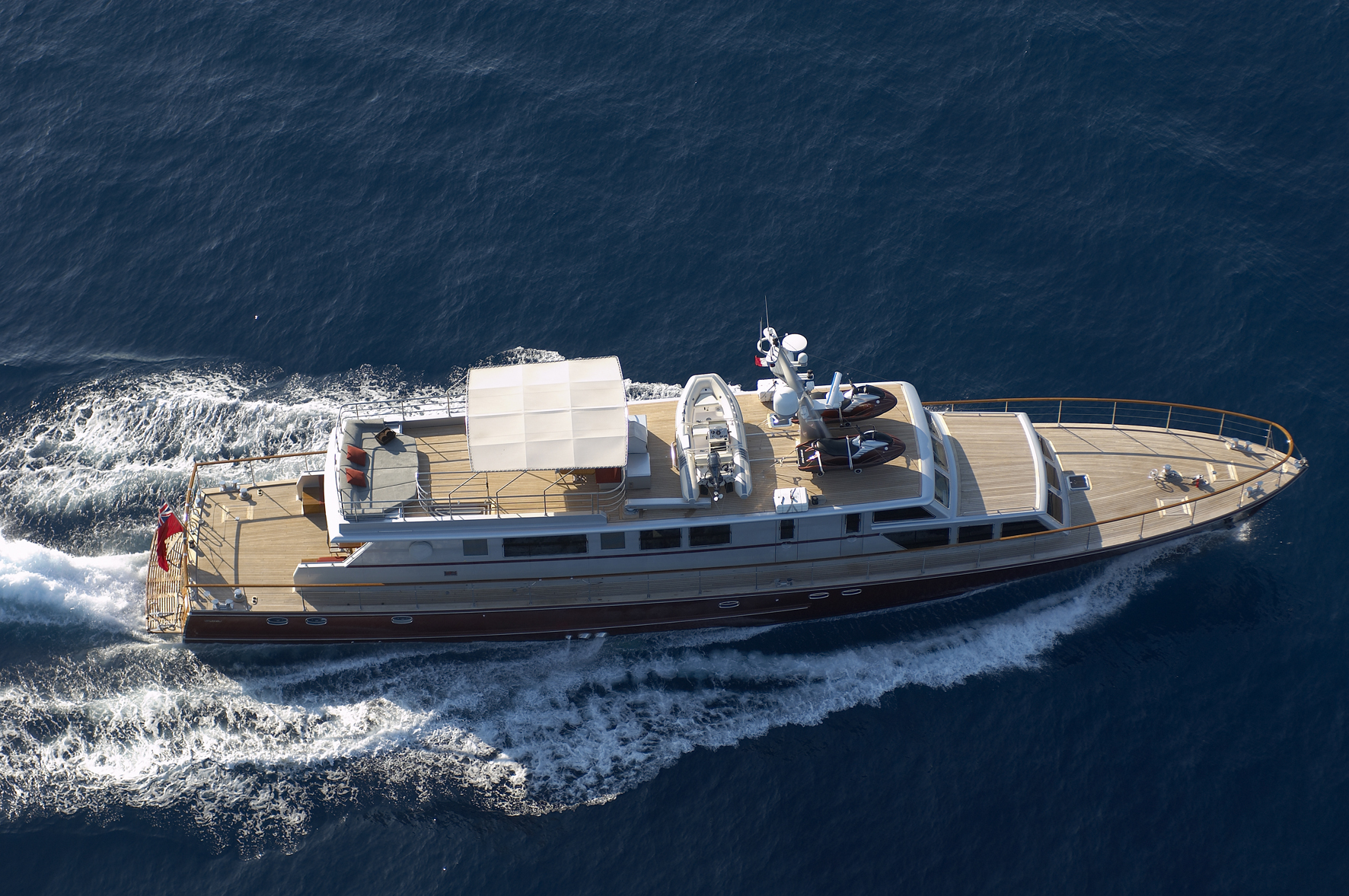 Classic Yacht TEMPEST WS - From Above