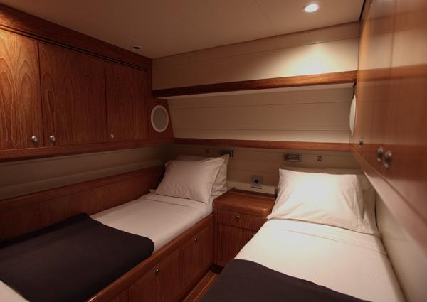 Clevelander -  Twin Cabin